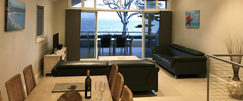 Tidemark Dining to balcony 2 API Leisure & Lifestyle Holiday Homes 5 Shoal Bay.jpg