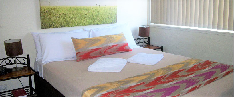 Waterview main bedroom API leisure & Lifestyle Holiday Homes Port Macquarie.jpg